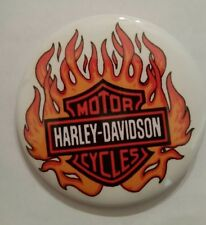 HARLEY DAVIDSON MOTORCYLCLES, FLAMES - COLLECTORS BUTTON