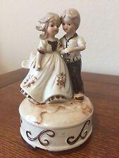 Shakespeare Romeo & Juliet MUSIC BOX  Porcelain Vintage Collectible Figurine