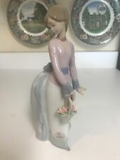 "Retired 9 3/4"" Lladro #7622 Basket Of Love Girl w/Flowers Figurine Glazed Excl"