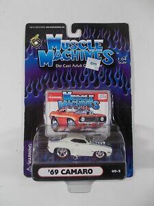 Muscle Machines 1/64 '69 Camaro 00-2