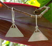 Solid Silver, 925 Bali Handcrafted Plain Design Earring 39236