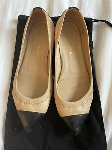 Chanel Black & Beige Leather Ballerina Flats 37