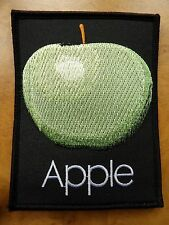 THE BEATLES - APPLE ( BRAND NEW 11cm x 9cm IRON-ON PATCH )