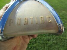 ORIGINAL 1959 PONTIAC STEERING WHEEL HORN RING CENTER BUTTON