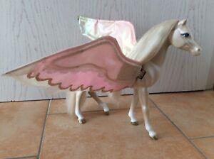 Barbie Pegasus Pferd von Mattel