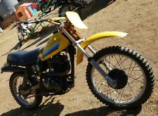 Suzuki dr 500 wrecking all parts available ( this auction is for one bolt only )