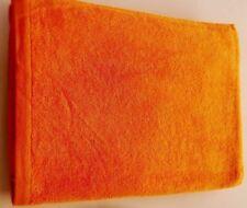 asciugamani da mare arancioni per il bagno