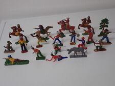 19 Stck. alte Cowboy & Indianer Kunststofffiguren (Hartplastik) 60er/70er Jahre