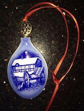 1985 Bing & Grondahl Christmas Ornament Juledraben Blue White Porcelain with Box