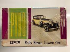 Maqueta de coche marca Pyro 11 C-349-125 Rolls Royce Towne car escala 1:32