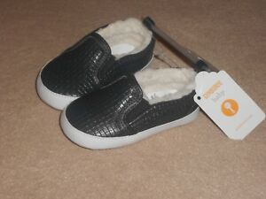 NEW, GYMBOREE BABY SLATE GREY FLEECE LINED CRIB SNEAKERS, SIZE 4, 12-18 MONTHS