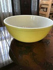 Vintage Pyrex Large 4-Quart Yellow Primary 404 Mixing Nesting Bowl Ovenware