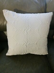 """New DKNY Bed/Throw Pillow Embossed Floral Cream 16""""x16"""""""