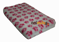 Tapis Confortbed Vetbed Dry Extra anti-dérapant blanc pattes fuchsia 26 mm 50 x
