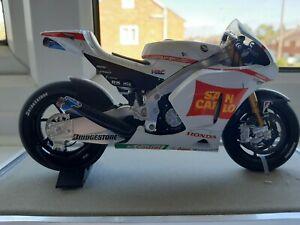 Rare Boxed Marco Simoncelli San Carlo Honda Moto GP 2011 Minichamps 1:12 Bike