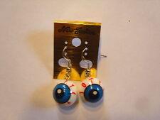 Ohrringe mit runden Augen aus Kunststoff blaue Pupille rote Adern 965
