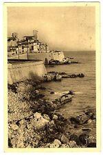 CPA 06 Alpes-Maritimes Antibes Les Remparts de la Vieille-Ville