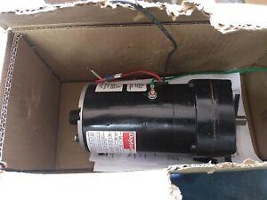 dayton gear motor 6z084b 1/20hp. 124 rpm. 1 phase. AC gear motor.