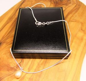 18 ' pale pink real freshwater pearl pendant necklace, silver chain in gift box