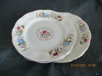 Javolina/Favolina DINNER plate POLAND (8 available)