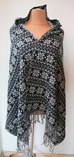 NEU ausgefallener Feinstrick Poncho Capes mit Kaputze u.Fransen in schwarz weiß