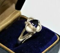 VTG Sterling Silver 925 Purple Amethyst Gemstone Modernist Trillion Ring Sz 7