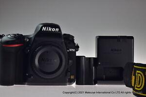 NIKON D750 24.3MP Digital Camera Body Excellent