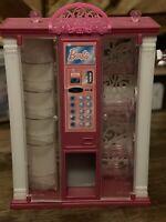 Barbie Vending Machine 2013 - Winding Action Dispenser - Mattel - Shoes Accessor