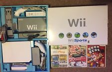 Nintendo Wii White Console Bundle 3 Games Box 2 Controllers 2 Nunchucks Gamecube