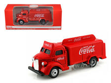 1947 COCA COLA DELIVERY BOTTLE TRUCK RED 1/87 HO SCALE BY MODEL BY MCC 440537