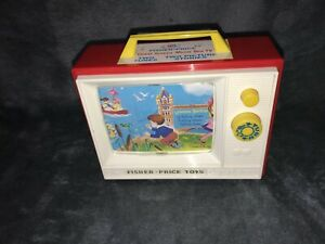 FISHER PRICE CLASSIC WIND - UP MUSIC BOX TV GIANT SCREEN 2 TUNES 2009 VGC WORKS