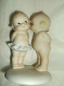 """Vintage JESCO  Kewpie Bisque couple 3 1/2""""  """"A Little Kiss"""""""