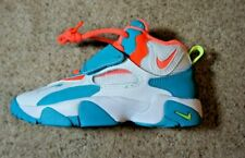 BOYS: Nike Speed Turf Shoes, Bright Mango - Size 12C BV2526-101 NEW