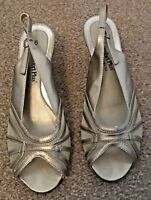 Ladies Comfort Plus Bronze Patent Sling Back Peep Toe Wedge Sandals Size 6 SB10