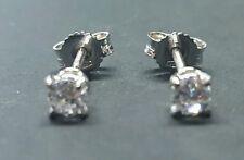 Orecchini Punto Luce in oro 18 Kt e diamanti naturali ct 0,30 San Valentino