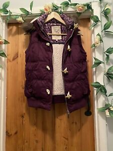 MANTARAY WINTER PLUM BOUCLE LINED HOODED GILET , BODY-WARMER SIZE 12