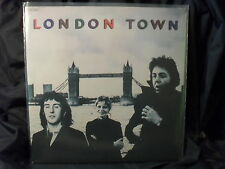 Wings - London Town (mit Poster)