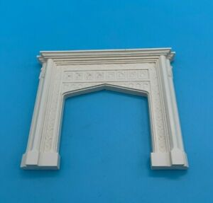DOLLS' HOUSE ITEM - SUE COOK ORNATE PLASTER FIREPLACE - PF11 - boxed