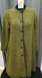 (LYM) Son De Flor Green Calf Length Coat.  80% Wool. Chest Size S