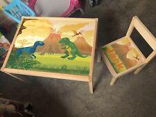 Personalised IKEA LATT per bambini tavolo 1 sedia per bambini Set DINOSAURI T-REX dino uovo