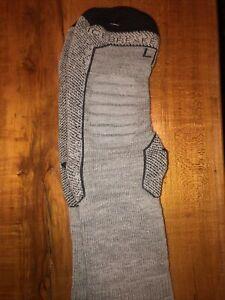 NEW Ice Breakers 3/4 Crew Merino Wool Hike Socks Hiking Women's Medium GRAY