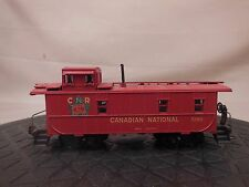HO SCALE ATHEARN CANADIAN NATIONAL CABOOSE 1/2