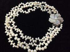 NEW HANDMADE CREAM FRESHWATER PEARLS NECKLACE FLOWER MOTHER PEARL SILVER CLASP