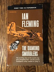 THE DIAMOND SMUGGLERS  by Ian Fleming vintage 1964 Collier's paperback