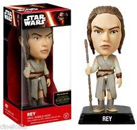 Bobble-head Star Wars VII - The Force Awake Rey wacky wobbler 15 cm Funko