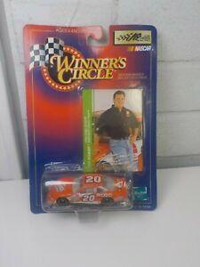 The Home Depot #20 Tony Stewart 1998 Winners Circle 1/64 Diecast
