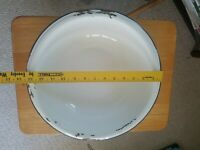 Vintage enamelware graniteware white black basin wash bowl cottage farmhouse mod