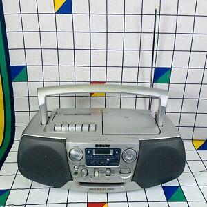 Sony CFD-V31L Retro Ghetto Blaster Boom Box CD Radio Cassette Tape Player Silver