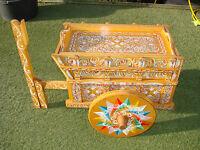 außergewöhnlicher Servier- Teewagen, Beistelltisch mit Bauernmalerei siehe Foto!