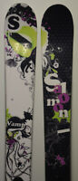 Ski d'occasion parabolique Femme SALOMON Vamp  - 170cm